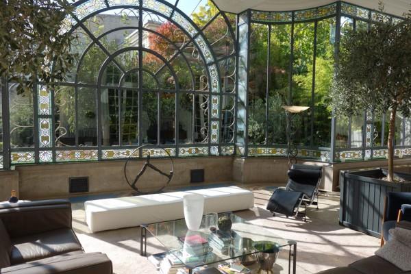 jardin d'hiver Location le jardin d'hiver pour vos séances photo, prises de vues, tournages et événements à Lille. Wakup, booking et réservation de lieux.
